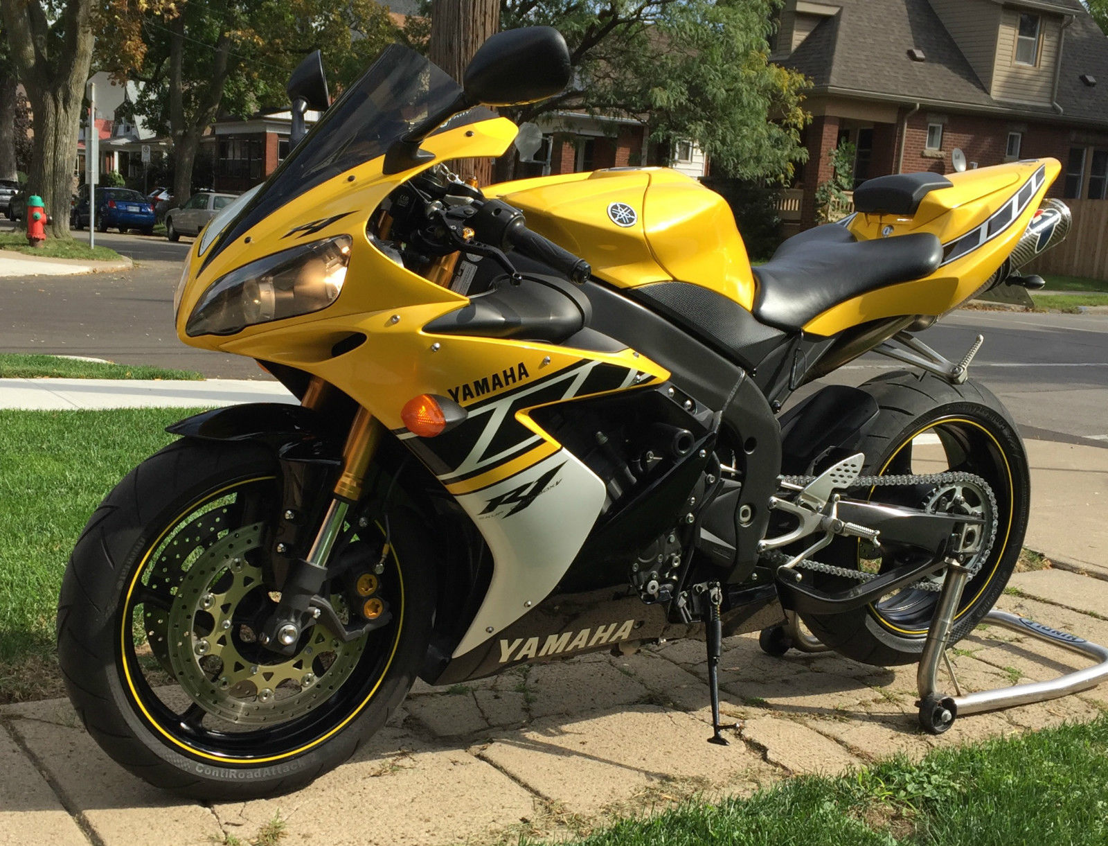 2006 Yamaha YZF R1 - Picture 45352 | motorcycle review