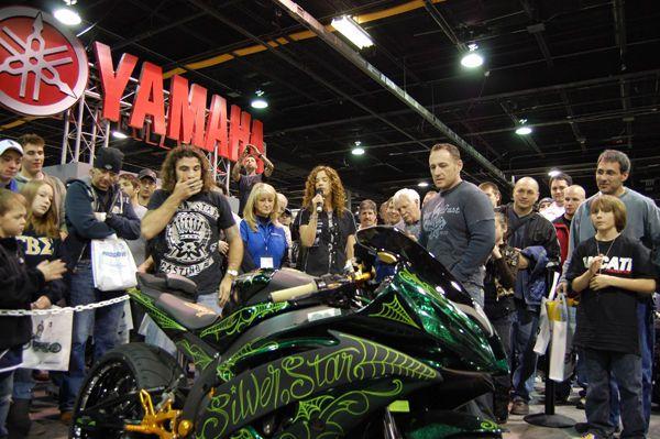 2009 Yamaha YZF R6 show bike