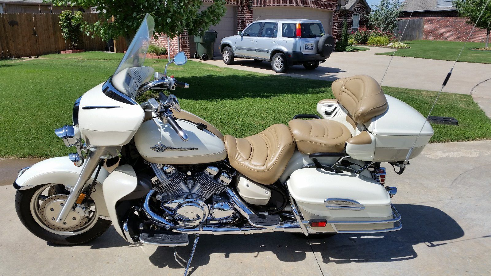 2012 v star 1300 with 2000 Yamaha Royalstar Venture Mm Limited Edition on File Actros V8 Star Edition further 2016 Yamaha Yz450f 60th Anniversary Mx 4 Stroke Dirt Bike additionally Contact besides 6771659391 also Millennium Falcon High The School C us Looks Exactly Like Star Wars Spaceship.