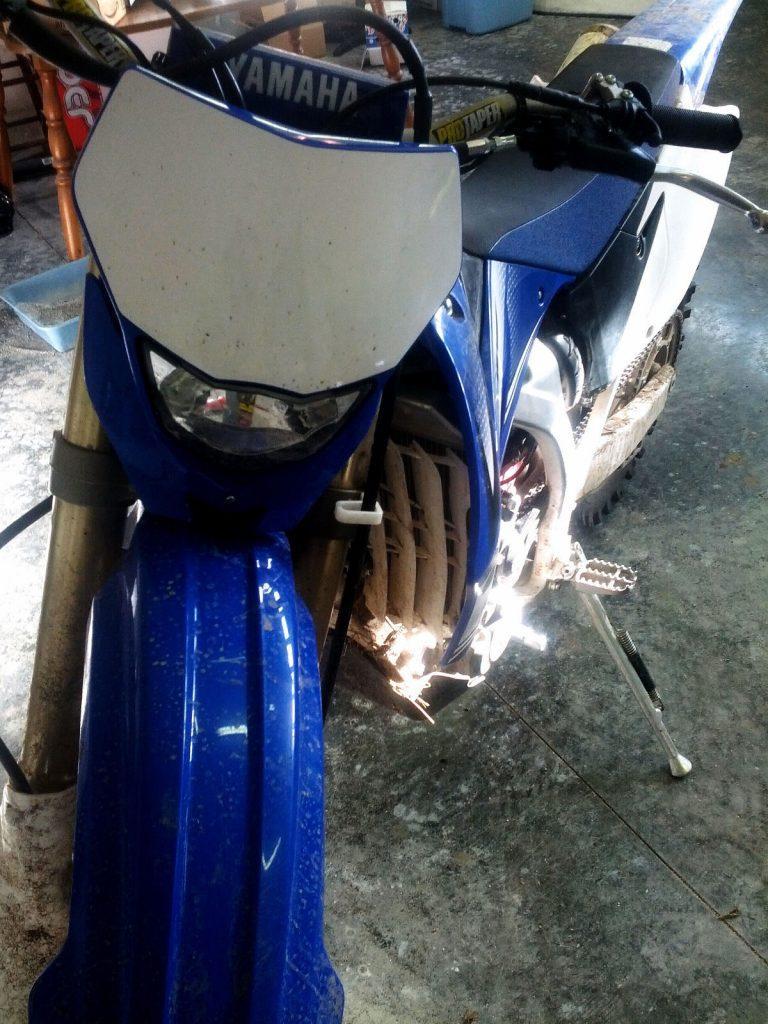 2011 Yamaha WR450F Dirtbike