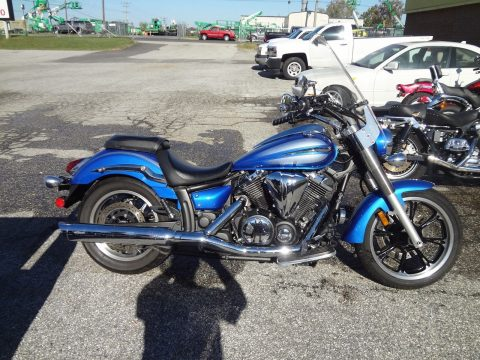 2009 Yamaha V STAR 950 with 5700 miles for sale