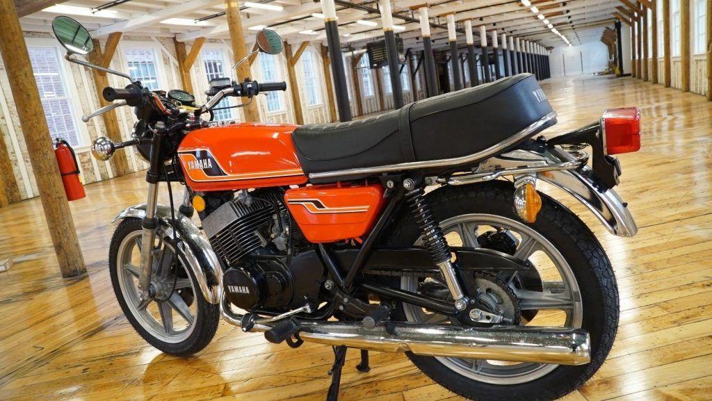 1976 Yamaha RD400 – Runs Excellent!