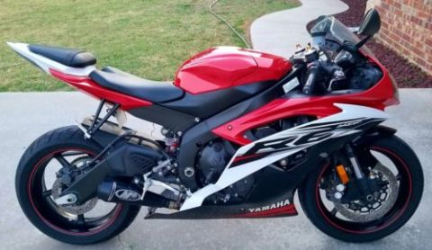 2014 Yamaha YZF-R – Showroom Condition for sale