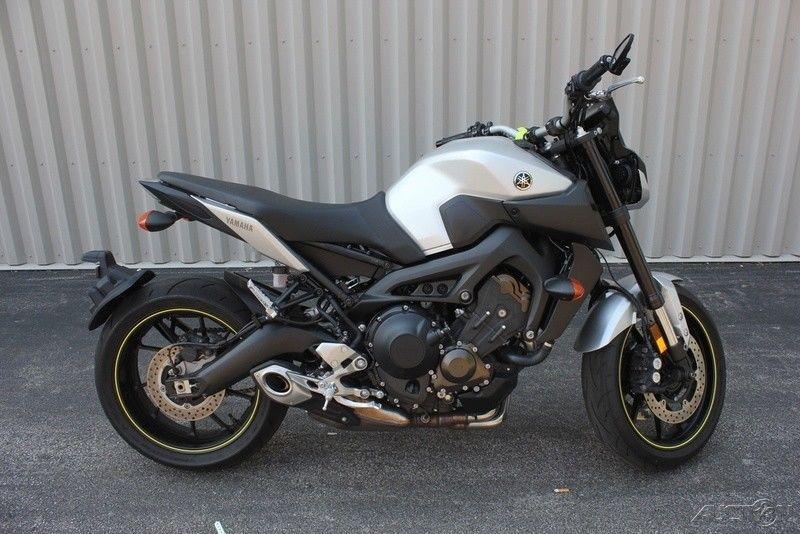 2017 Yamaha FZ